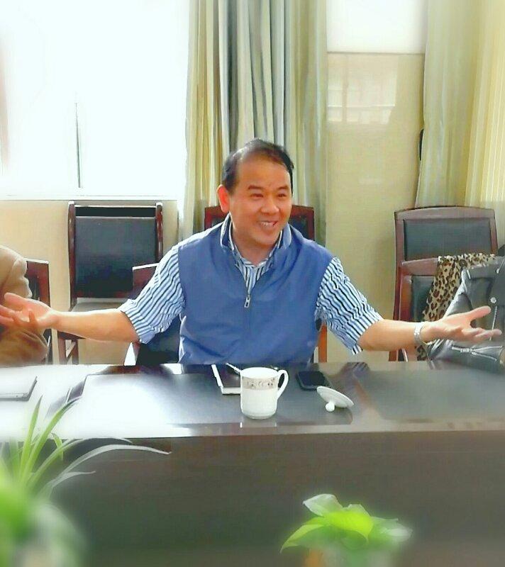 张文荣夫妇捐助教育 (2).jpg